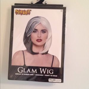 Accessories - Black and White Wig